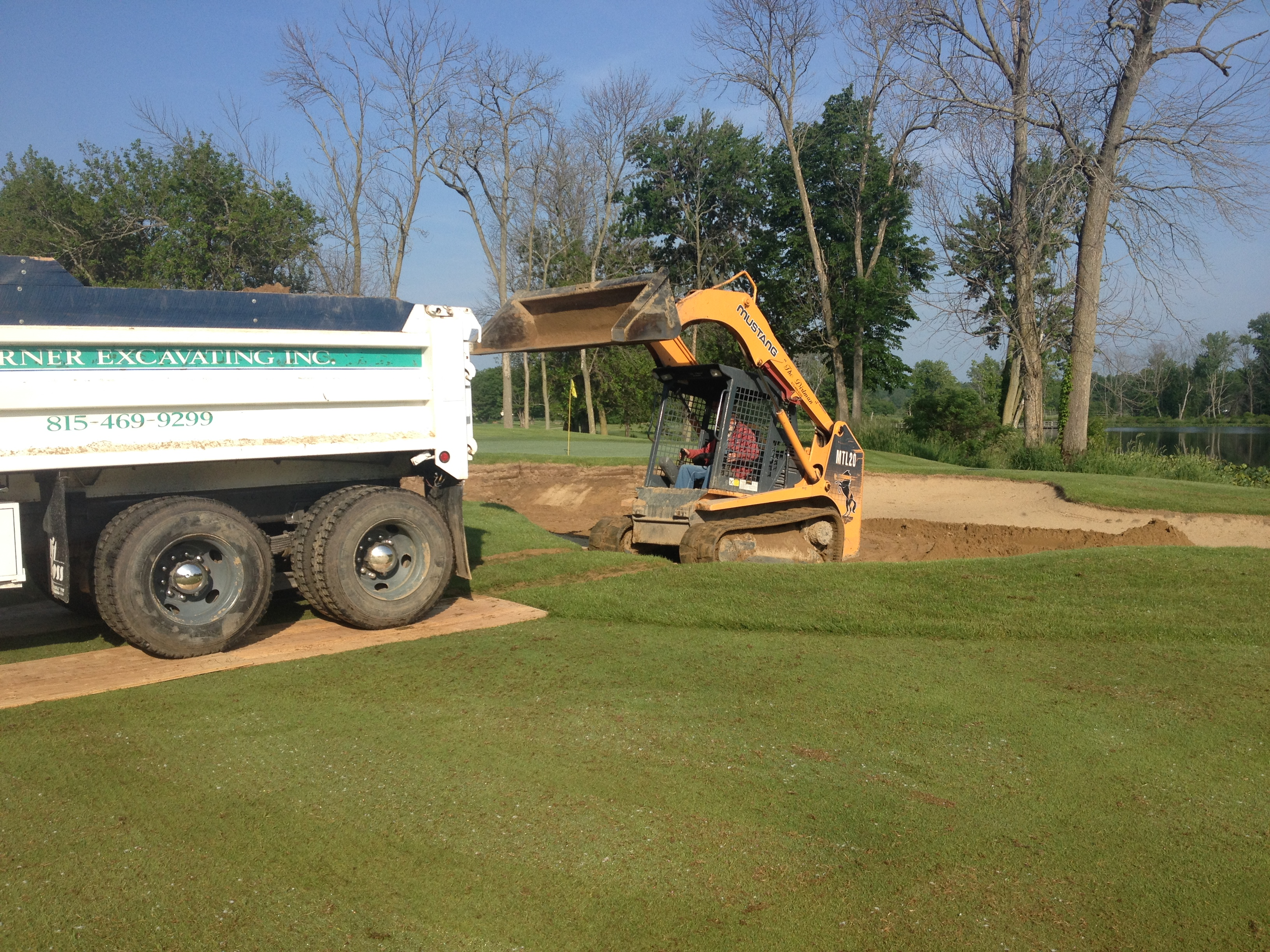 Golf course sand bunkers